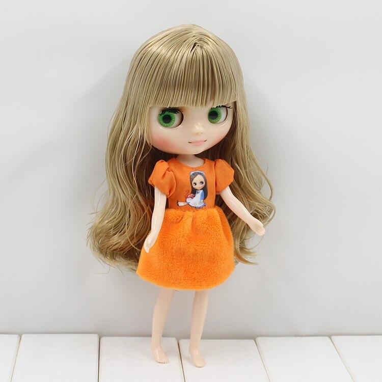 Middie Blythe Doll Grey Hair 20cm 6
