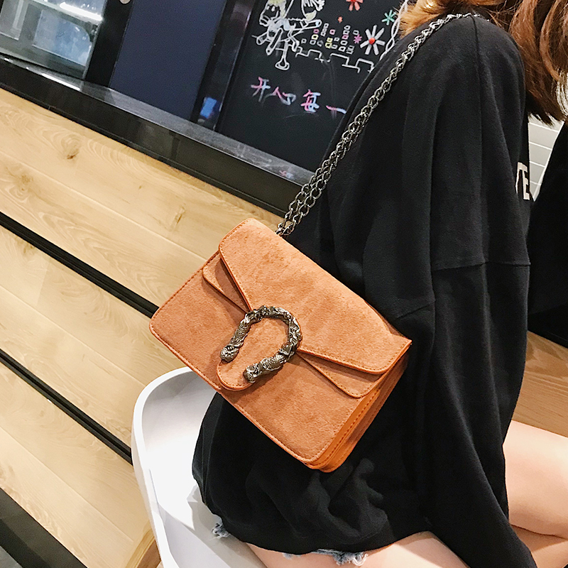 Image 3 - DORANMI Classic Suede Women Shoulder Bag 2019 Chic Autumn Flap Bags  Crossbody Bag Messenger Chain Strap Bolsos Mujer DJB778-in Shoulder Bags from Luggage & Bags