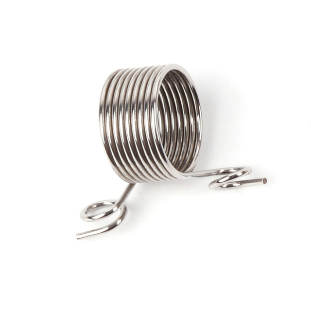 Stainless Steel Yarn Threader Finger Ring Wool Thread Thimble Knitting Sew Tool