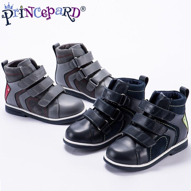 06253e8e3a3 Princepard otoño zapatos ortopédicos de cuero genuino para niños forro de  terciopelo Marina casual botas ortopédicas niñas niños 28 37 tamaño en  Zapatillas ...