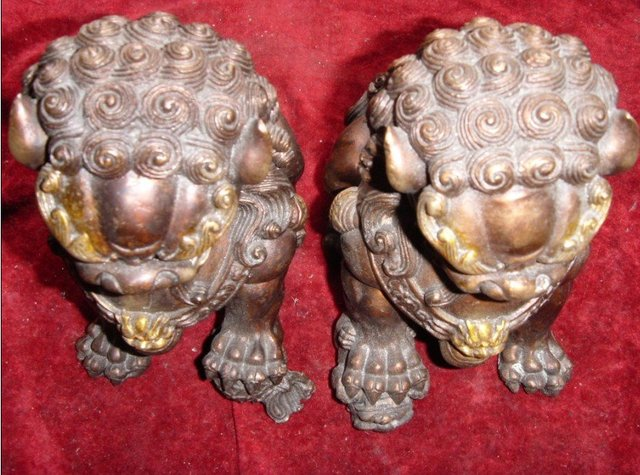 Antique old Tibetan Silver grand silver lion statue