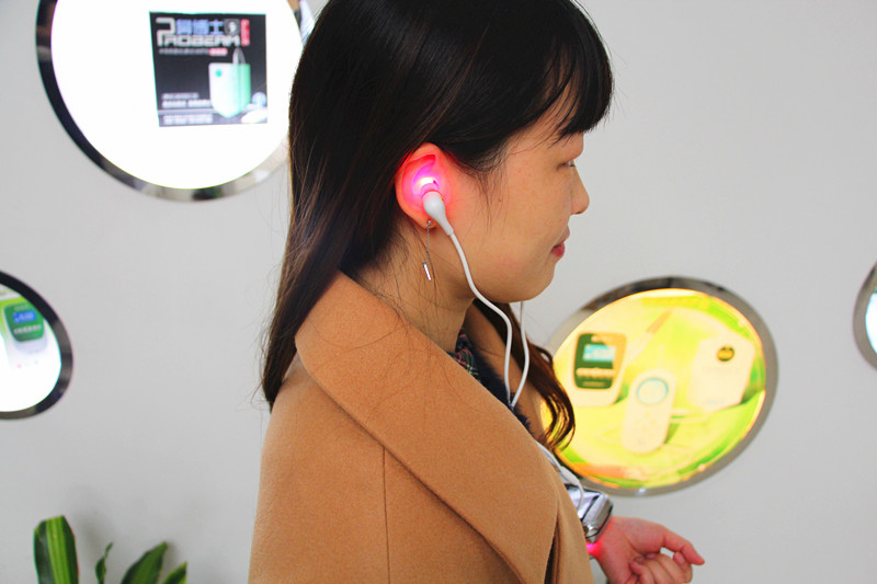 tinnitus laser treatment Otidis treatment infrared laser type to cure hearing problems with 650NM red laser