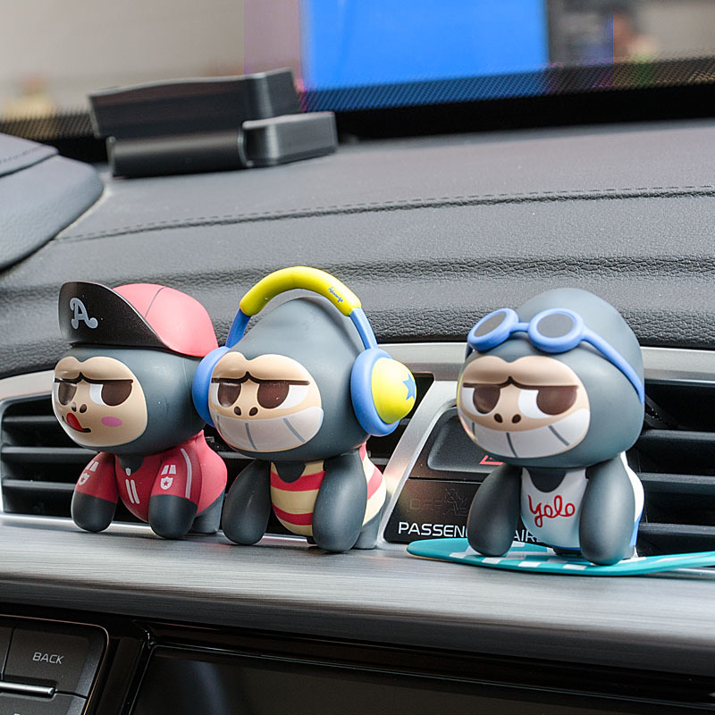 Car Ornament Cute hip hop Monkey Perfume Clip Air Freshener Auto Conditioning Vent Clip Fragrance Diffuser Odor Car styling