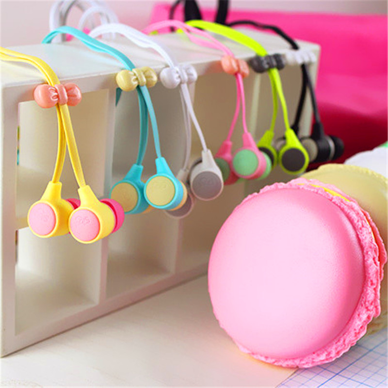 Cute Mini Girl in-ear 3.5mm Macaroon Earphones for Apple IPhone 5 5s 6 6s plus for Sumsang SONY Android for MP3 MP4 Gift