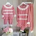 Семьи сопоставления одежда весна о-образным вырезом с длинным рукавом плед отпечатано кружева повседневная набор одежда мать и дочь пижамы 2 шт.