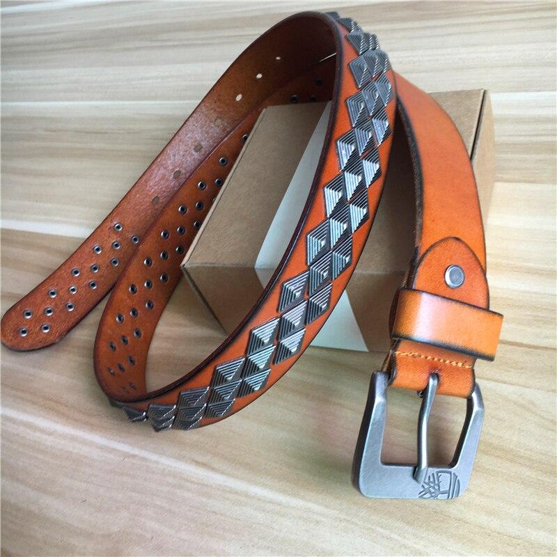 Cuero genuino vaquero remache cinturones para los hombres Jeans estilo Punk  Heavy Metal Rock hombres cinturón Ceinture Homme Correa masculina MBT0002 en  Los ... 7d9221c336e5