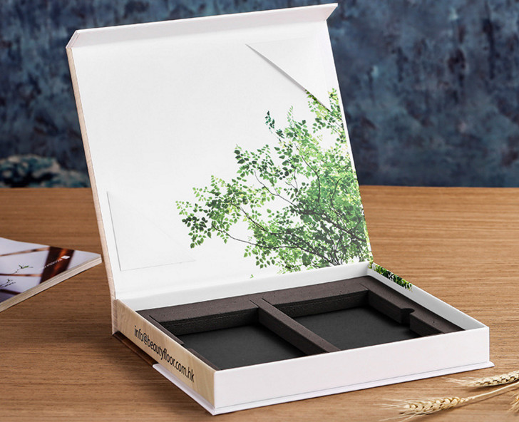 Luxury Magnetic Gift Box Custom Bride to Be Gift Box Personalised Future Bride Gift Box