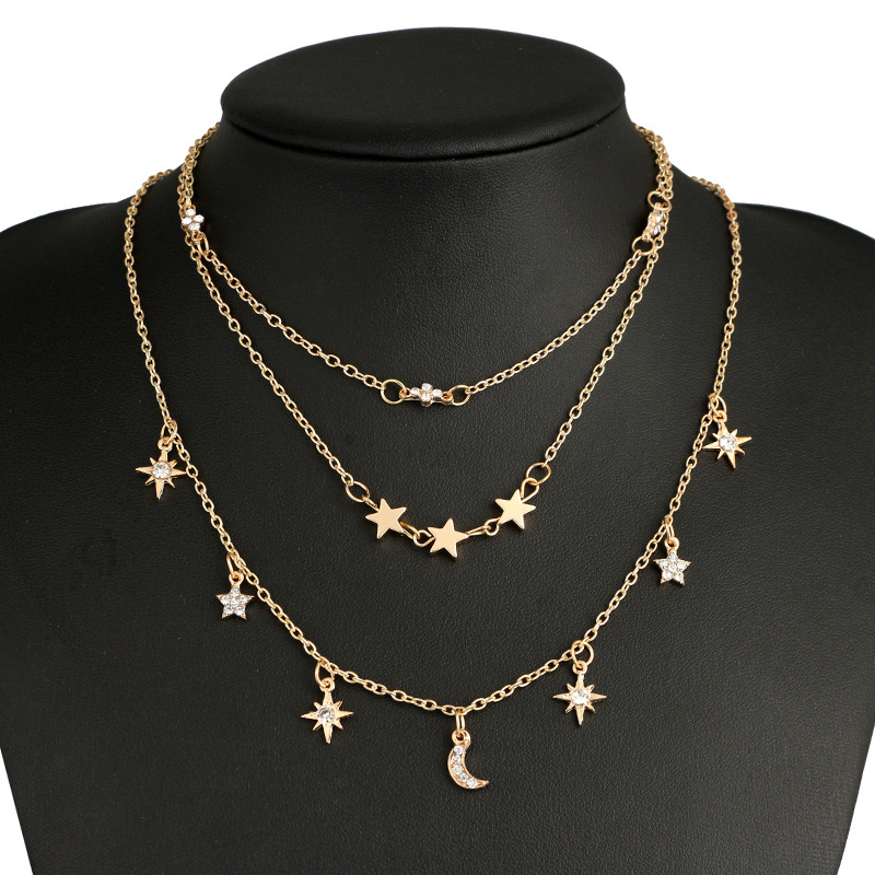 f556f68dc643a جديد مجوهرات الأزياء 3 طبقة نجمة القمر المختنق قلادة هدية لطيفة للنساء فتاة