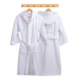 Image 3 - Roupão de inverno Mulheres Grossas Amantes roupão roupão de banho das mulheres espessamento Toalha de banho fleece robe salão peignoir femme badjas polaire