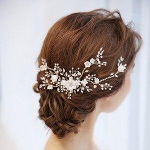 Image 3 - Цветок Серебряный цвет Свадебный гребень для волос ювелирные изделия Свадебная вечеринка ободки для невесты винтажная одежда для волос ювелирные изделия аксессуары