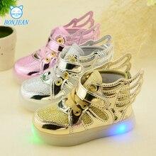 Children shoes with light 2017 Мода светящиеся кроссовки мальчики девочки shoes крылья холст квартиры весна дети light up shoes
