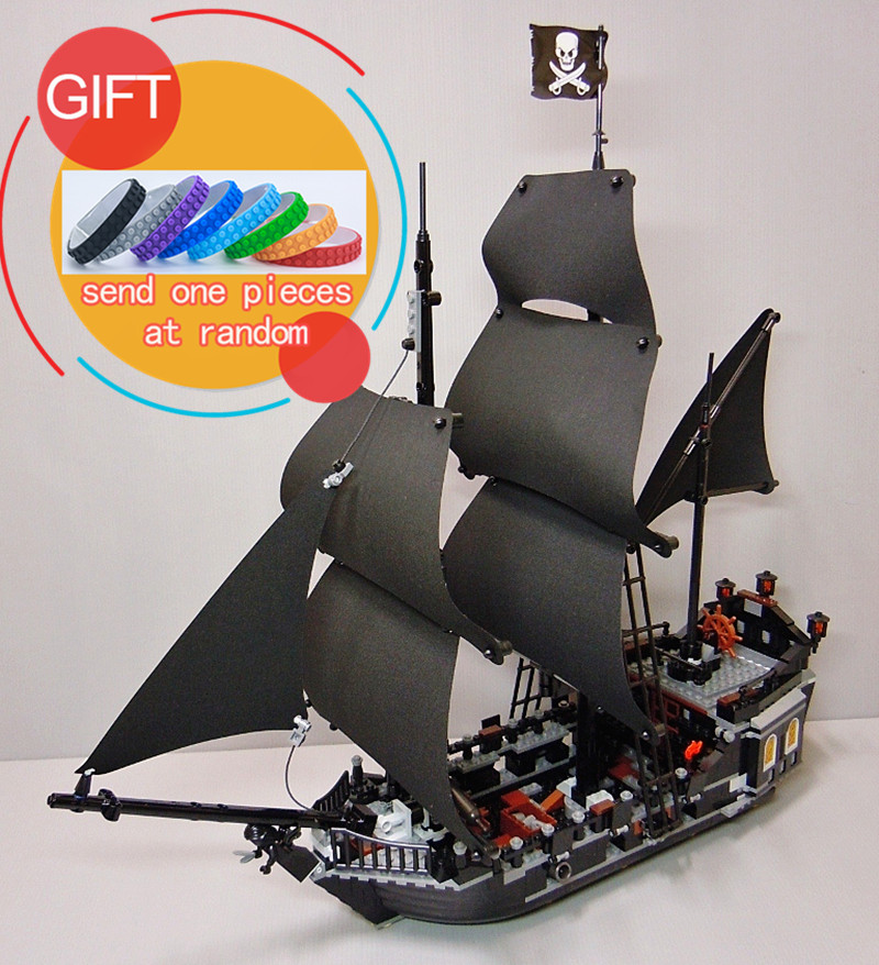 16006 804pcs Pirates of the Caribbean The Black Pearl Building Blocks Set 4184 Educational Boy Toys lepin 1513pcs pirates of the caribbean black pearl general dark ship 1313 model building blocks children boy toys compatible with lego