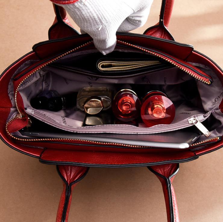 ซื้อ 2019 ใหม่ยุโรปและอเมริกาแฟชั่นจระเข้กระเป๋าถือผู้หญิงขายคุณภาพสูงไหล่กระเป๋า Star fema-ใน กระเป๋าหูหิ้วด้านบน จาก สัมภาระและกระเป๋า บน   3