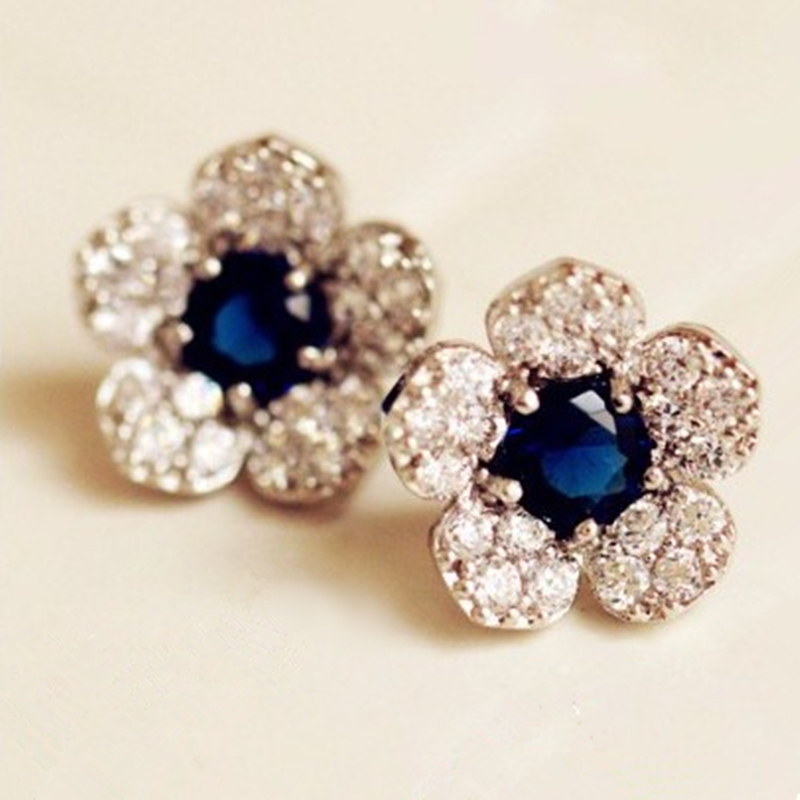 Hypoallergenic Fashion Silver Color Earrings  With Blue Flowers Crystal Earrings Exquisite Full Of Crystal Earrings Female New