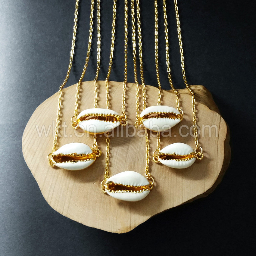 WT-N712 Tiny gorgeous sea cowrie shell necklace ,fashion high quality sea cowire shell necklace for women jewelry making gorgeous faux gem triangle necklace for women