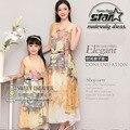 2016 Мода Мама и Дочь Шелковые Платья Семьи Соответствующие Наряды Мать Девушки Детей Clothing Цветок Печати Макси Платье Пляжа