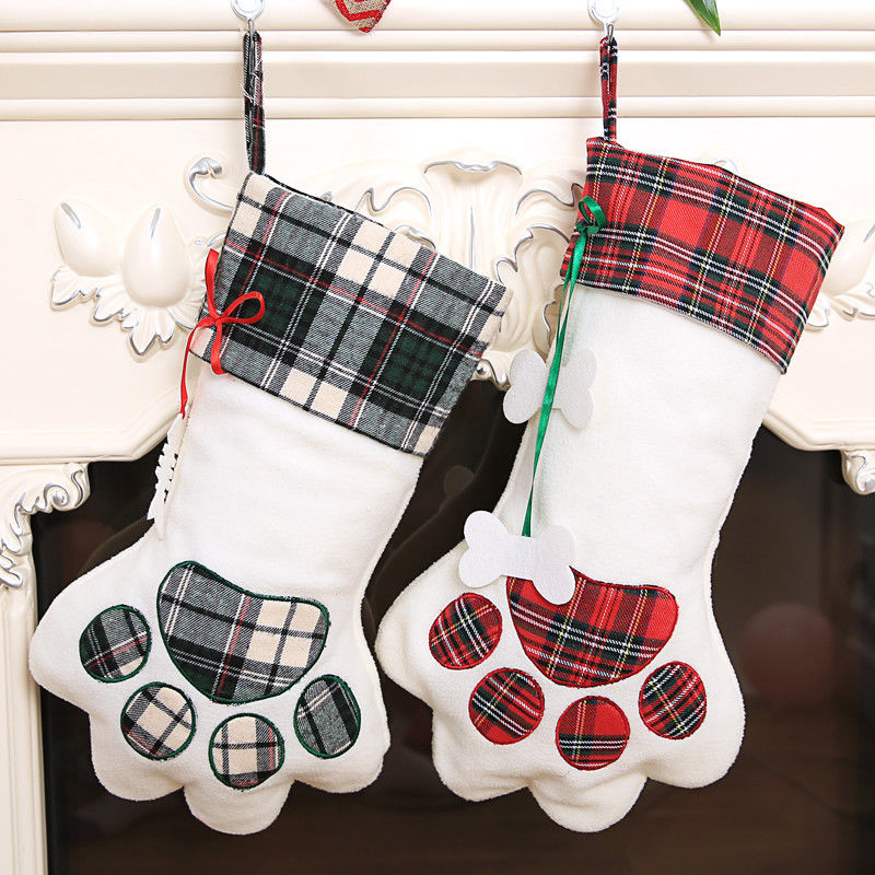 New Plaid Christmas Gift Bags Pet Dog Cat Paw Stocking Socks Xmas Tree Ornaments