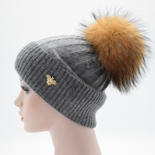 2017 Winter Real Fur Hat wool Knitted cap Real Big Raccoon Pom Pom Hat Women Beanie Hat Winter Hat Female skullies beanie gorros