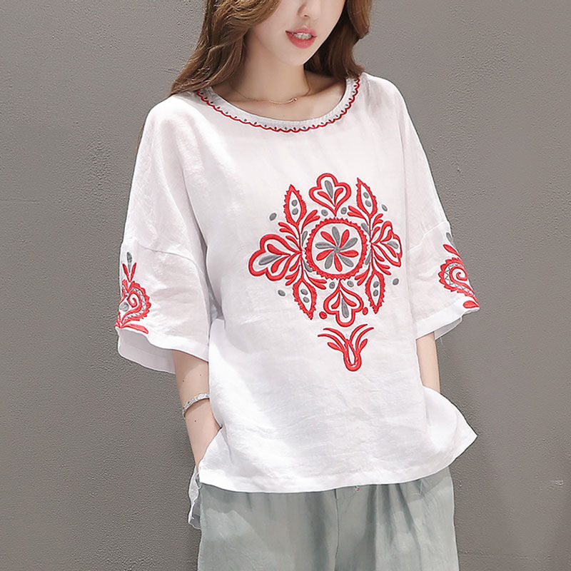Blouse Women Plus Size Embroidered Blouse White Ladies Tops Casual Cotton Loose Ethnic Vintage Clothes