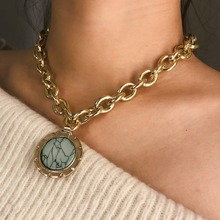 KMVEXO European and American Fashion Gold Color Temperament Round Resin Statement Vintage Chain Bib Necklaces 2019 New