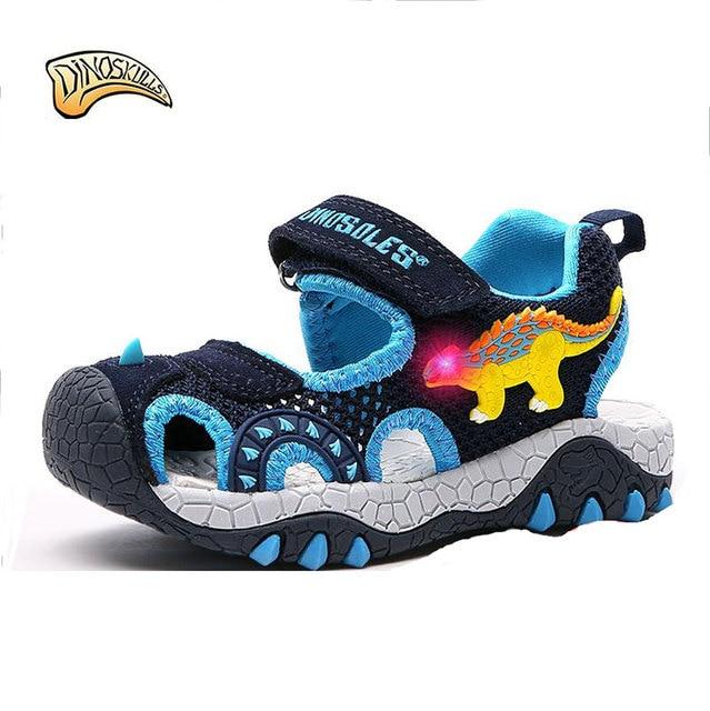 b473687e8fc Dinoskulls 2019 sandalias de verano para niños se desliza zapatos  dinosaurio luz Led Zapatos Niños Sandalias playa