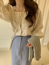 2019 Summer Korean Women Casual Long Sleeve Blouses Fashion Cotton Square Collar Button Floral Print Tops