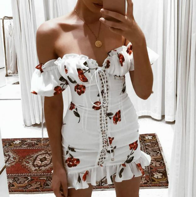 Women Summer Dress 2019 Lace Up Strapless Off The Shoulder Sexy Dress Short Sleeve Holiday Floral Print Ruffle Beach Dress White Платье