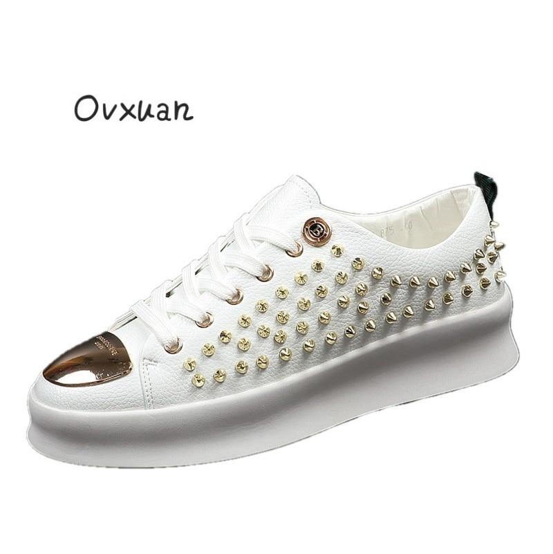 Ovxuan الرجال برشام أحذية المعادن B مشبك اليدوية الفاخرة العلامة التجارية حذاء رجالي حزب فستان الزفاف حذاء كاجوال المعادن تو الرجال الشقق-في أحذية رجالية غير رسمية من أحذية على  مجموعة 1