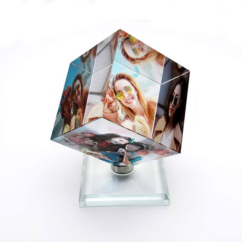 Pictures Frame Square Shaped Rotating Crystal Printing Photo Album Glass Wedding Souvenir Birthday Gifts 3 Customized