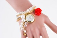 MJARTORIA Imitation Pearls Women Bracelet Watch Fashion Gold Chain Quartz Wrist Watch Lady Dress Watch Casual Living Clock