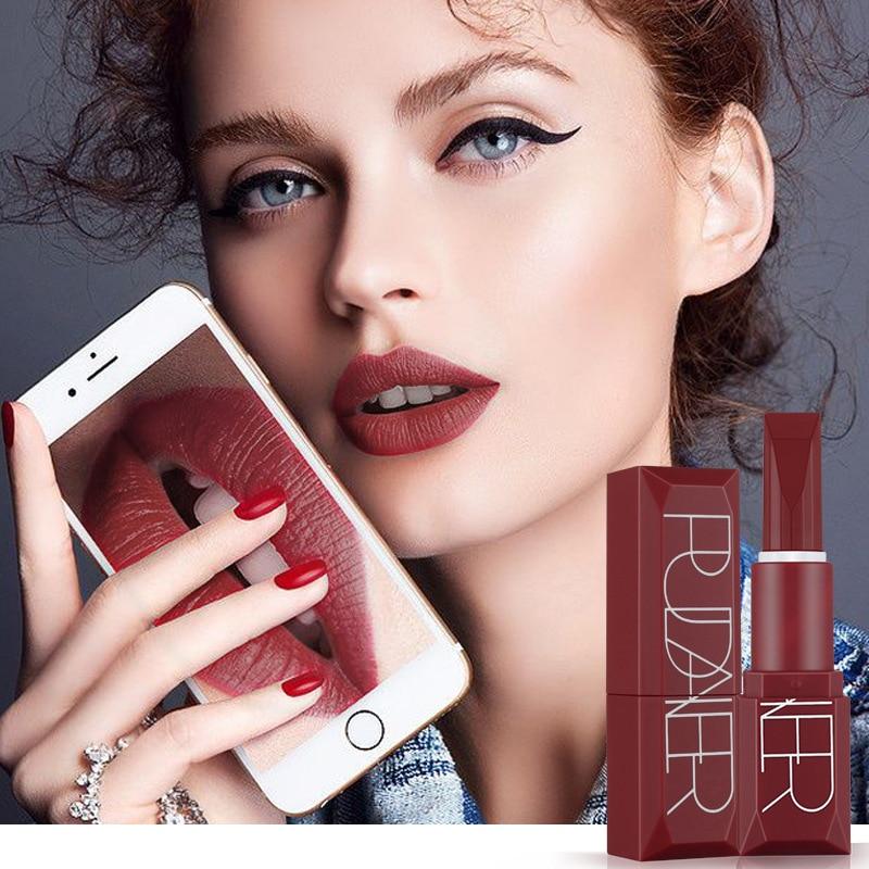 60 pcs/ensemble Pudaier Mat Rouge À Lèvres Liquide 5 Couleurs Maquillage Waterproof Velours métallique Nu Teinte Doux Lipgloss Lèvres Cosmétiques