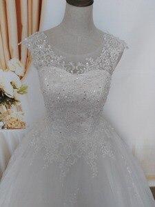 Image 2 - Robe de mariée pour mariées blanche avec paillettes en cristal, robe de mariée pour mariées, grande taille, avec bord en dentelle, ZJ9128, nouvelle collection 2019