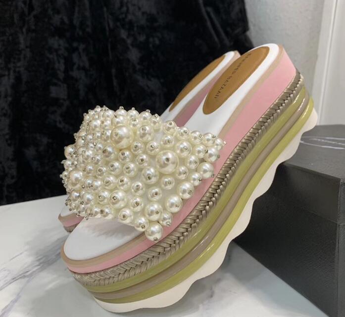 2019 sandalen Frauen Hausschuhe Frau Schuhe Strand Wilde Perle Keil Dicken Boden Flip Plattform Hausschuhe-in Damensandalen aus Schuhe bei  Gruppe 1
