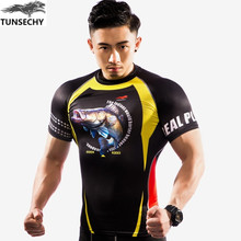TUNSECHY boutique man short sleeve Round collar T shirt is tight for fitness fish 3D T