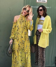 купить Self Portrait Dress 2018 Spring Summer Bohemian Long Sleeve Yellow Floral Printed Beach Dresses Boho Holiday Long Dress Halter по цене 4209.36 рублей