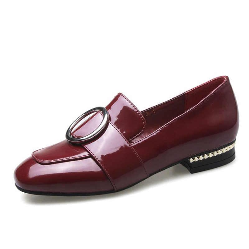 Fashion Patent Ronde Neus Slip-op Vrouwen Loafers Sweet Gesp Flats Voor Vrouwen Dames Casual Platte Schoenen Maat 34-46 Beige rood