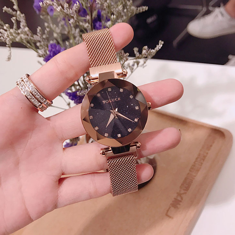 Fashion Women Watches Magnet Buckle 4 Colors Lady Wristwatch Fashion Starry Sky Black Rose Gold Toluck Brand Girls Gift ClockFashion Women Watches Magnet Buckle 4 Colors Lady Wristwatch Fashion Starry Sky Black Rose Gold Toluck Brand Girls Gift Clock