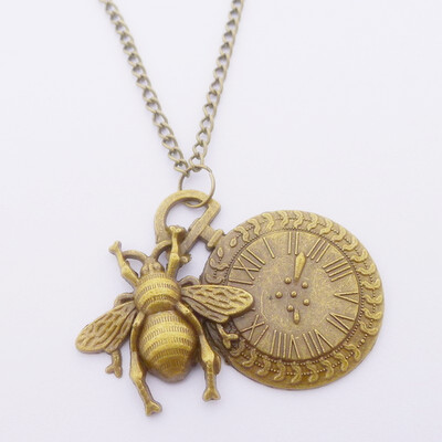 Retro antique bronze bee pendant necklace 65cm chain long necklace retro antique bronze bee pendant necklace 65cm chain long necklace punk time clock pendant bumble bee necklace pendant wholesale in pendant necklaces from aloadofball Image collections