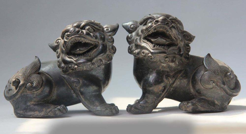 Chinese Bronze Copper Feng Shui Carved Lucky Animal Fu Foo Dog Lion Statue Pair SD 506