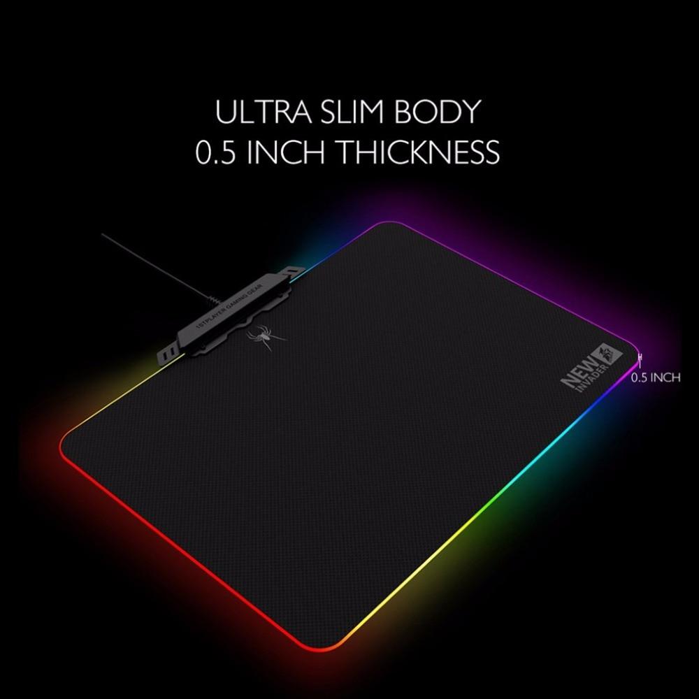 Tapis de souris anti-dérapant pour ordinateur portable tapis de souris coloré RGB LED tapis de souris d'éclairage pour souris Laser optique tapis de souris de jeu confortable