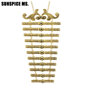 Image 2 - New Style Europe Women Breastplate Body Jewelry Wedding Dress Accessories Russia Traditional Retro Chest Chain Long Choker Gift