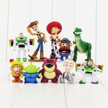 10 unids lote juguetes historia 3 Buzz Lightyear Woody 4-9 cm PVC figuras  de acción juguetes para niña niño Navidad regalo bc3291d9bae