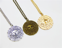 ZRM Hot Pirates Of The Caribbean Necklace Jack Sparrow Aztec Coin Medallion Pendant Johnny Depp Movie Jewelry Men Women Gifts