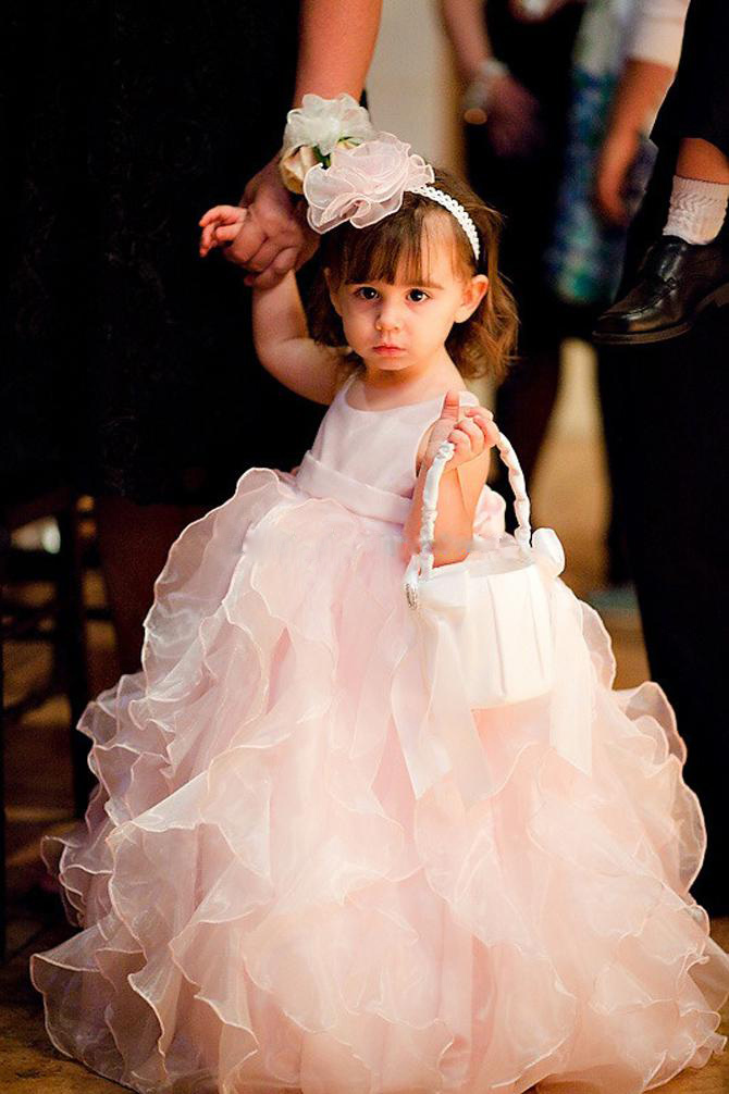 Cute Ball Gown Flower Girls Dresses for Party and Wedding 2016 Adorable Pink Ruffles Organza Long Formal Gowns for Baby Girl