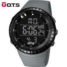 OTS Fajne Czarne Cyfrowe Zegarki męskie sportowe 50 M Profesjonalny Wodoodporne Duże pokrętło godziny Odkryty wojskowy zegarek Świetlna LED