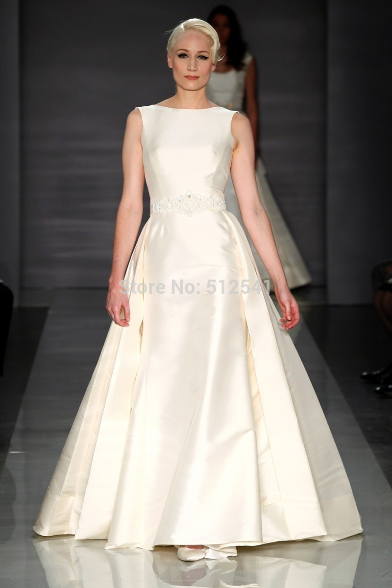 High Neck robe de mariee Wedding Dresses A Line Ruffles Beads Sleeveless Sweep Train 2019 Backless Bridal Gowns vestido de noiva in Wedding Dresses from Weddings Events