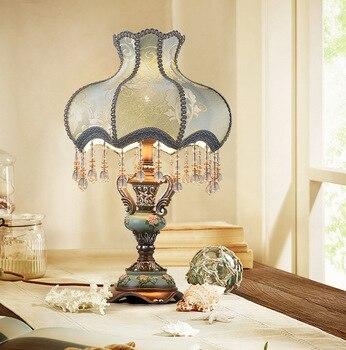 Bedroom creative luxury American retro simple modern night light wedding table lamp bedroom lamp  living room table light