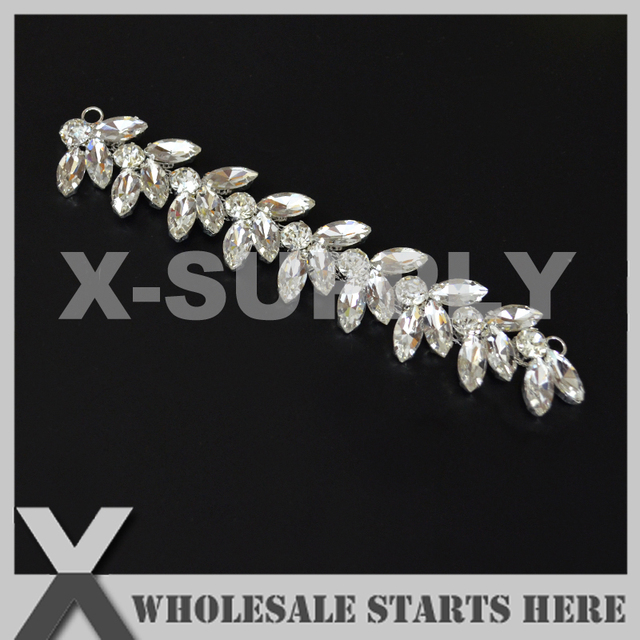 (10pcs lot) Sparkling Crystal Silver Bridal Rhinestone Applique for Custom  Wedding Dress Decoration d409b6577fe8