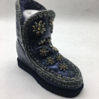 Women Mou Snow botas Autumn and Winter new crystal star lady snow boots leather wool boots ESK I18 Genuine leahter top Quality
