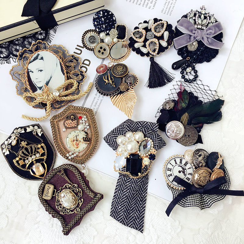 Fashion Hair Jewelry For Woman Girls Clothes Accessories Korea Vintage Luxurious Rhinestone Pearl Plush Lace Brooches Hairpins